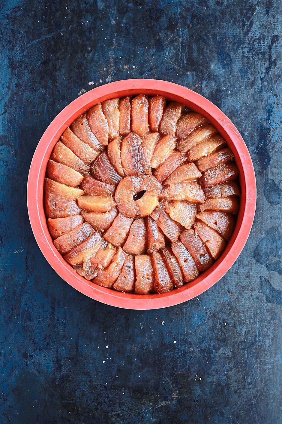 French tarte tatin, upsidedown apple tart. - Art Chen/The Star.  9 OCT 2014. Rep: Julie Wong