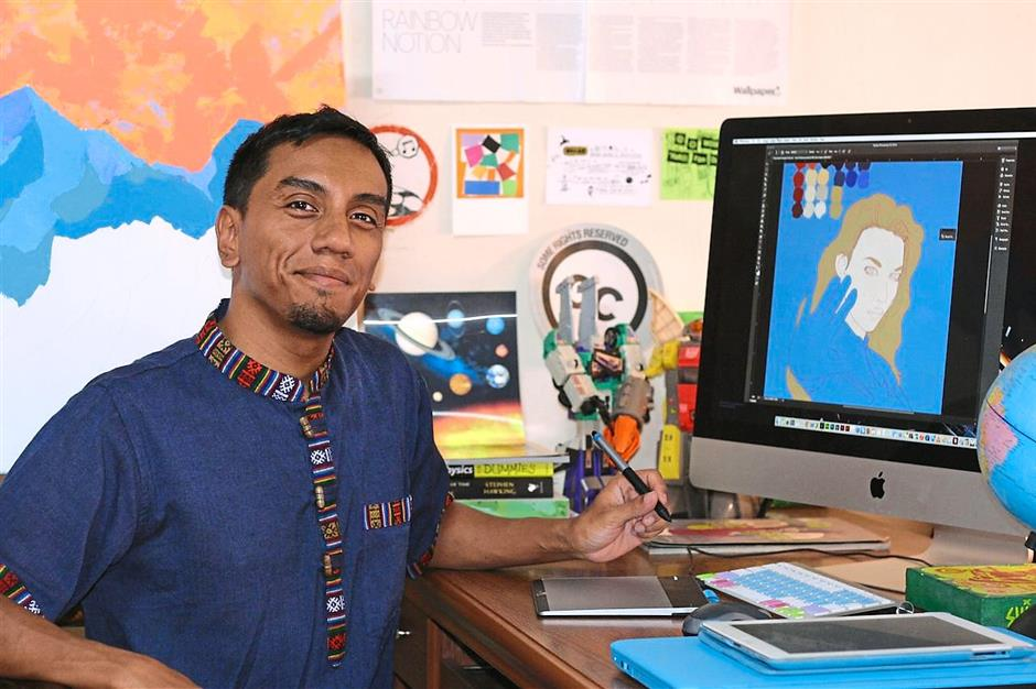 Muid Latif combined traditional and digital art methods on his Jupiteraya project.
