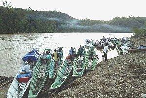 f_pg02boats