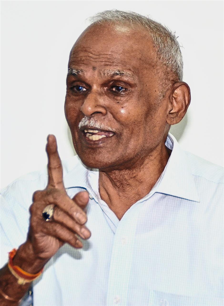 Death Railway survivor V.Ponnampalam was overcome with emotion when describing his ordeal during the building of the railway in 1942. AHMAD ZAMIR/THE STAR
