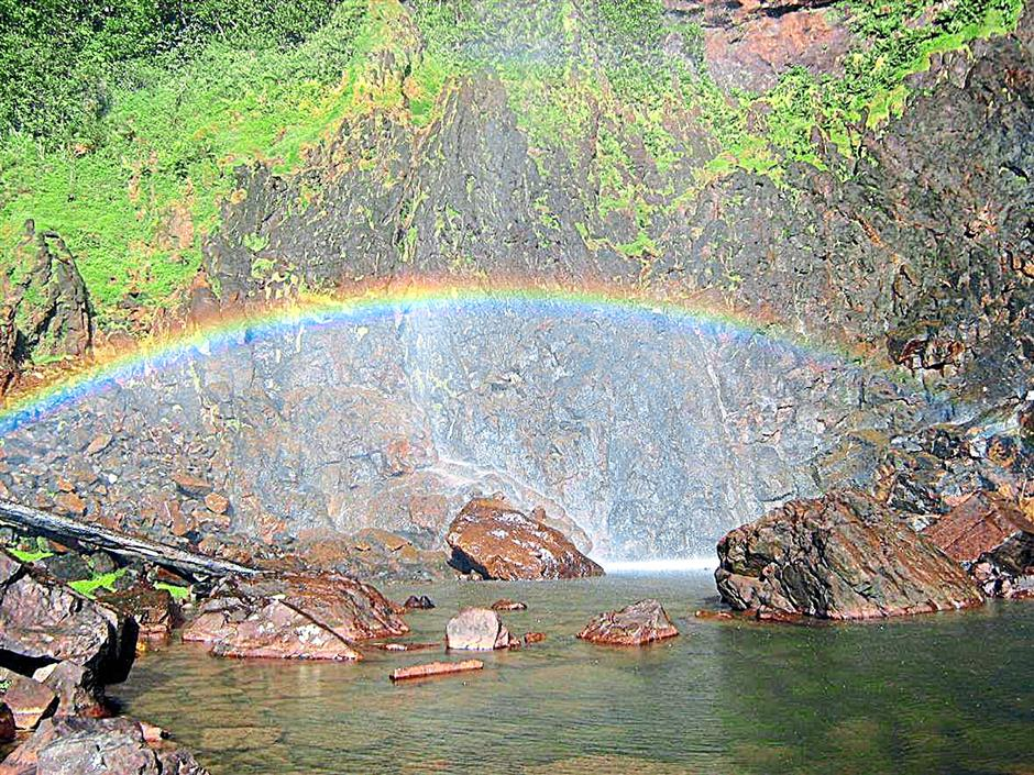 THE RAINBOW IS SEEN WHEN WE ARE IN AIR TERJUN PELANGI, SUNGAI LEMBING.