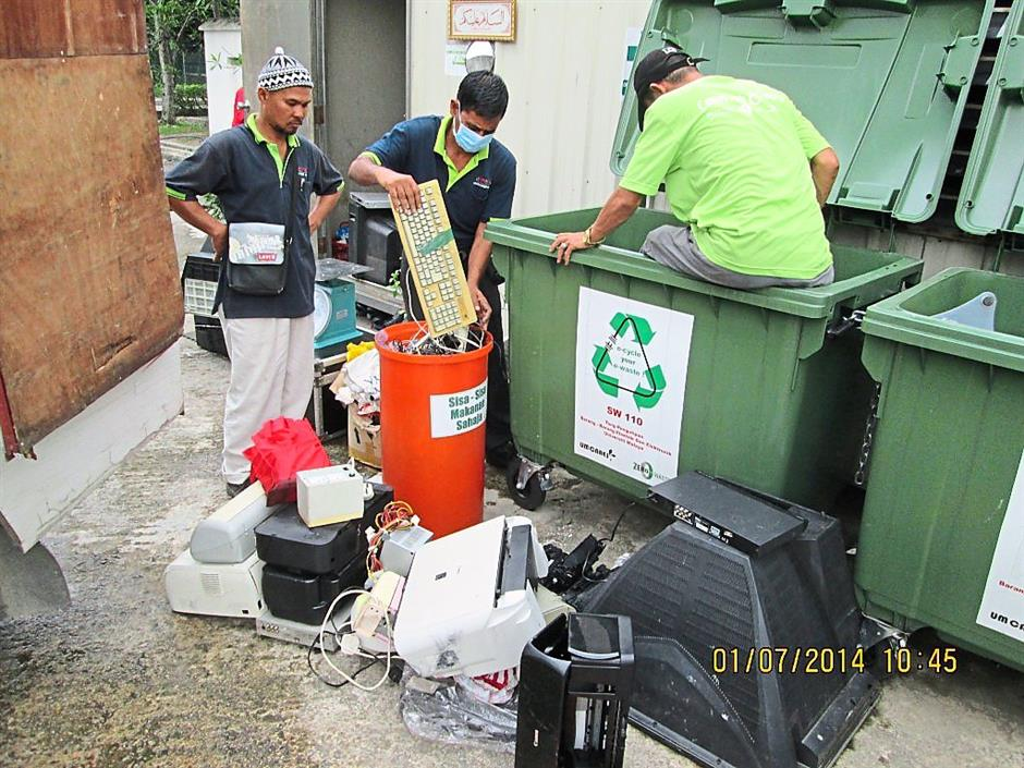 E-waste is collected for recycling. Photo: JARON KENG