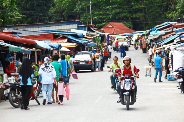 Long gone: In the good old days, Thais would visit Wang Kelian in droves as they shopped for goods and travelled in and out of the border town with ease.