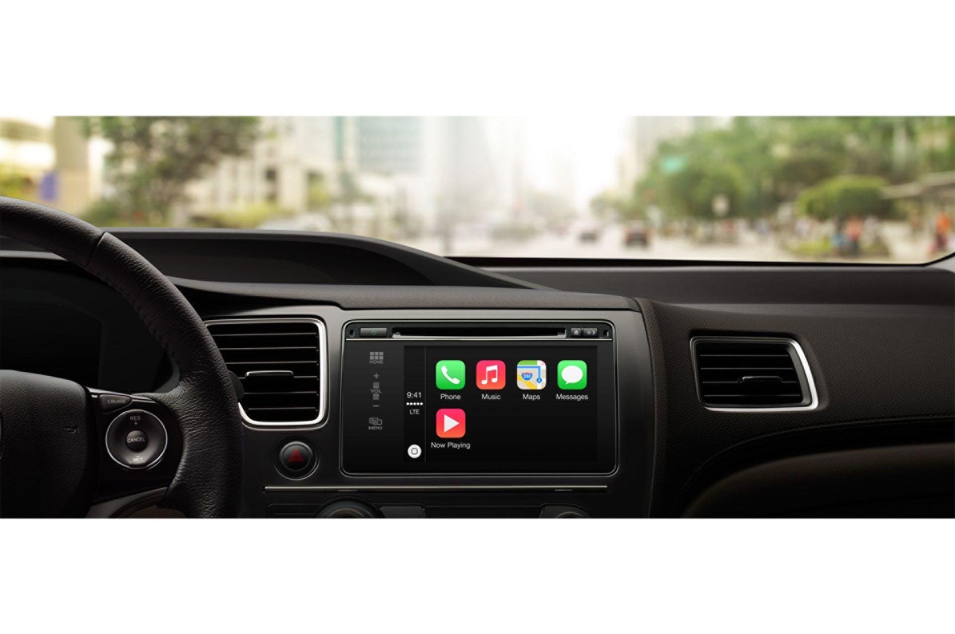 CarPlay finally welcomes navigation apps Waze and Google