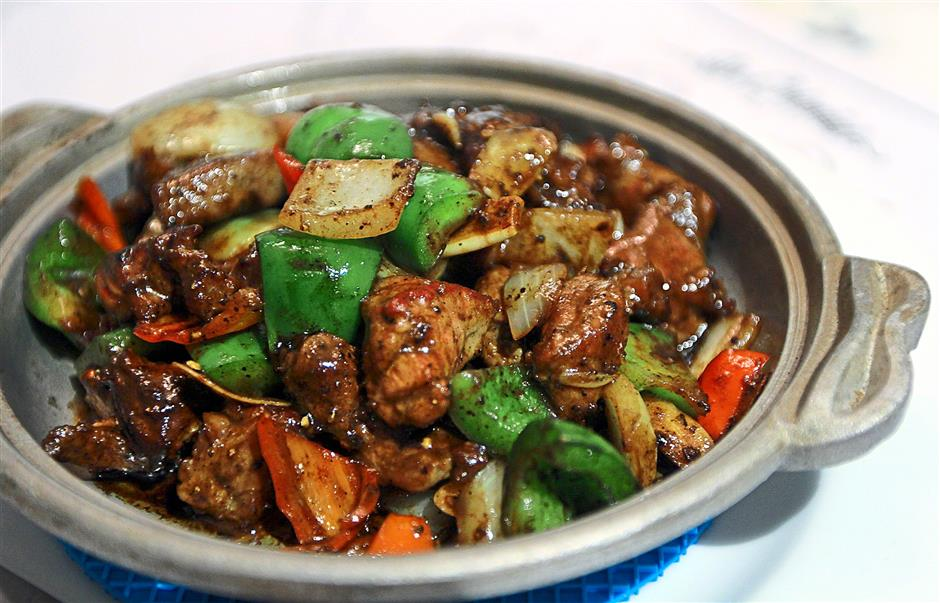 The Black Pepper Rib Eye Cubes are succulent and tender.