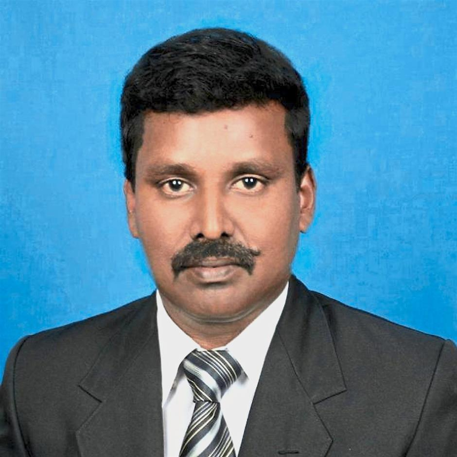 Sivakumar says the community's wish to elect their own leader should be respected.