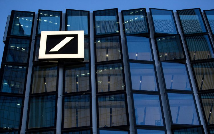 What Deutsche bank employees are saying about the 18,000
