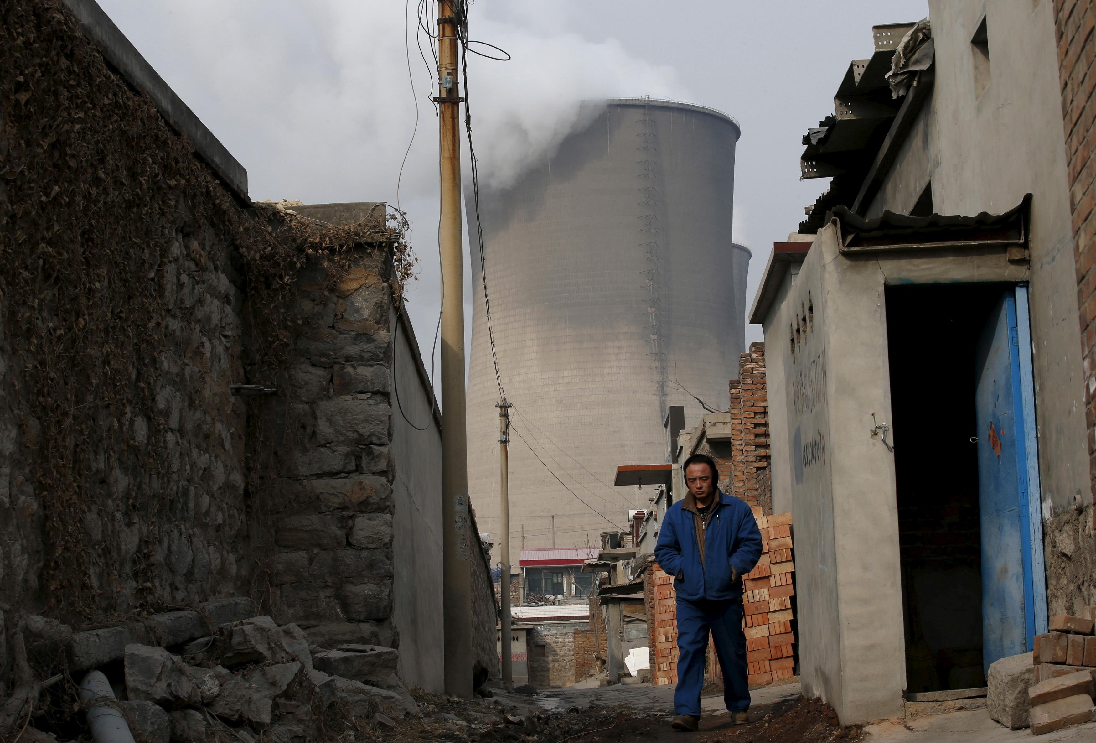 Despite climate pledges, China struggles to break coal habit