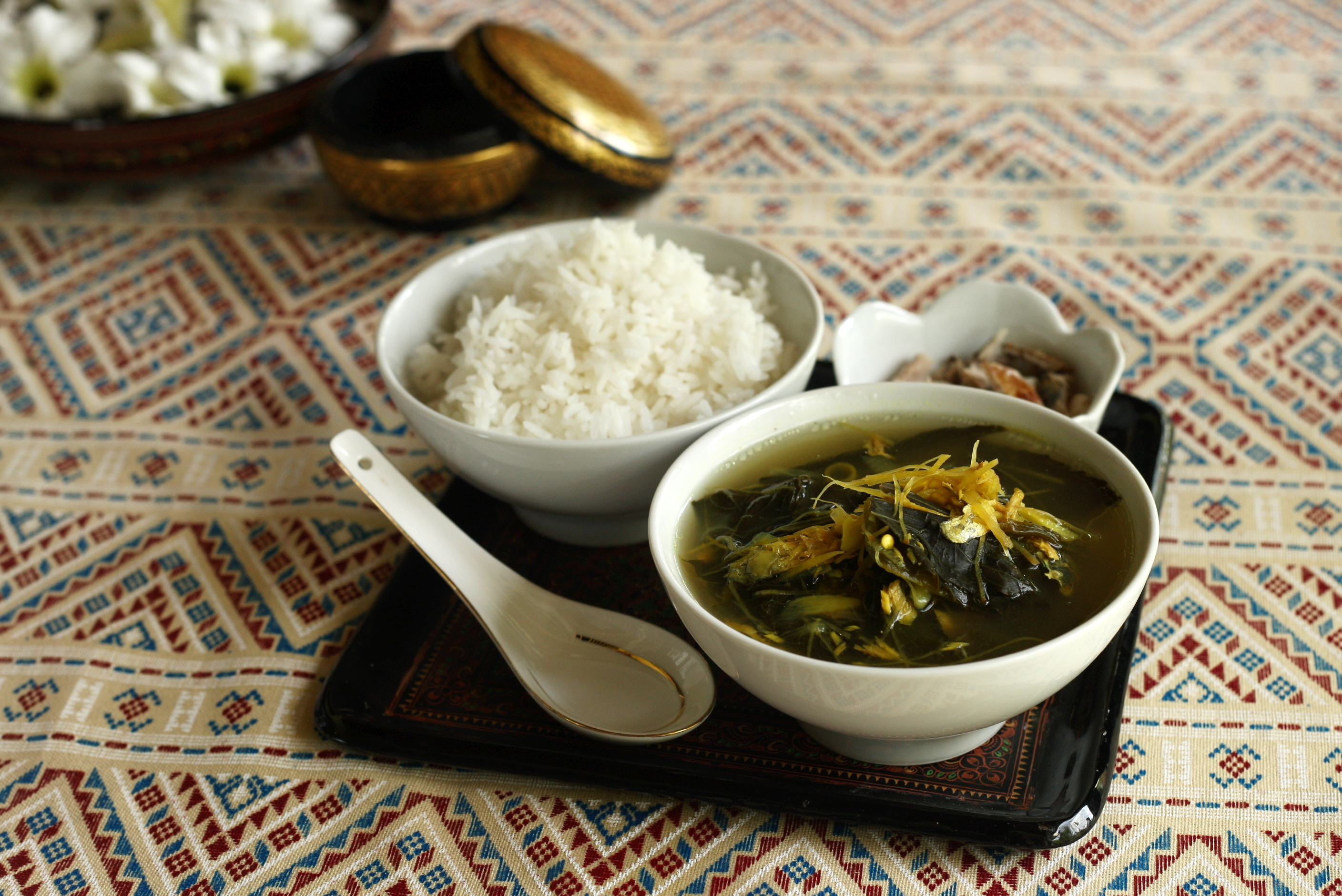 ROSELLE LEAF SOUP WITH GRILLED FISH