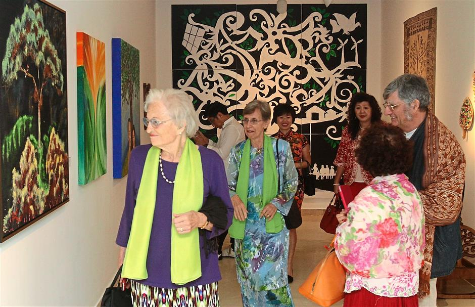 Launch Galeri Petronas latest exhibition, POHON BUDI: Seeds of Energy from the Tree of Life by Sultanah Terengganu Tuanku Nur Zahirah.. -- M. Azhar Arif/The Star 3 NOV 2015
