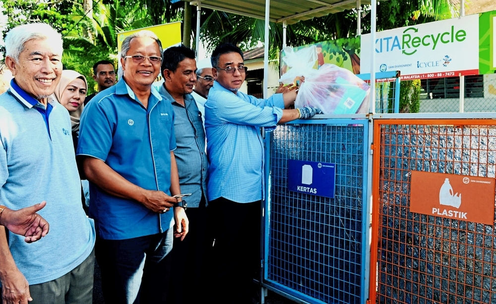 Melaka to set up centre to collect recyclables | The Star Online