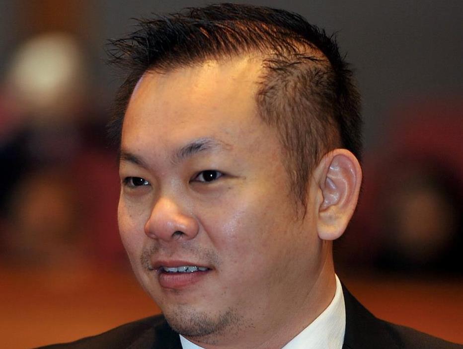 KOTA KINABALU, 27 April -- Calon Pakatan Harapan (PH) Chan Foong Hin bagi Pilihan Raya Umum Ke-14 (PRU14) Dewan Undangan Negeri (DUN) N.57 Sri Tanjung.u2028--fotoBERNAMA (2018) HAK CIPTA TERPELIHARA