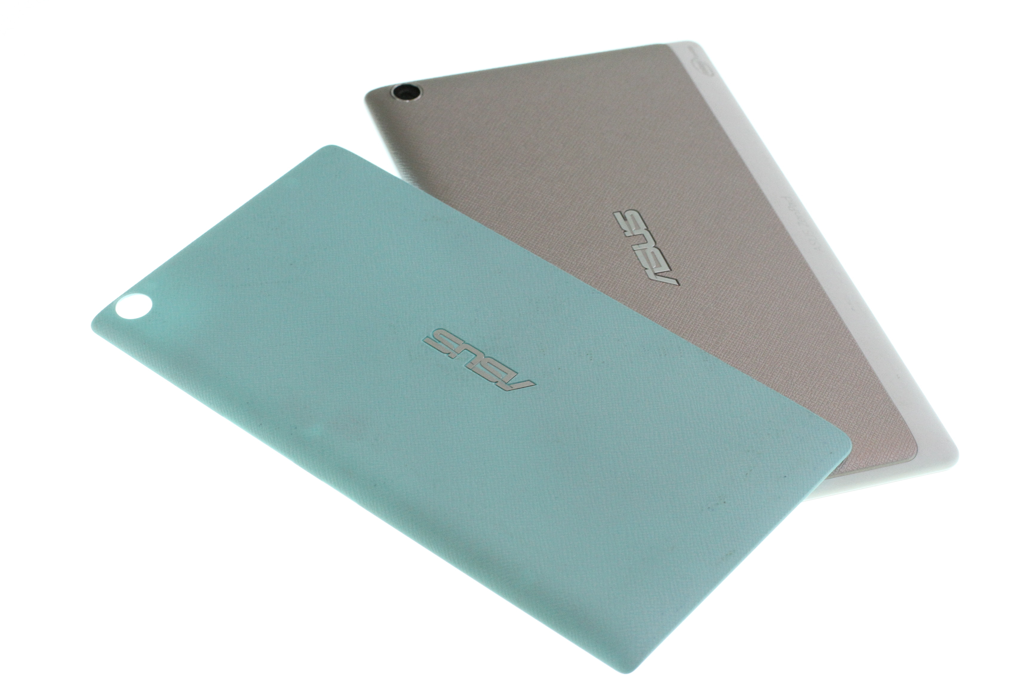 Pix of Asus tablet and accesories.