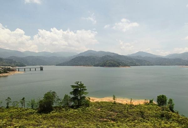 Looming crisis: The majestic Sungai Selangor Dam in Kuala Kubu Baru has not fully solved our water shortage problem.