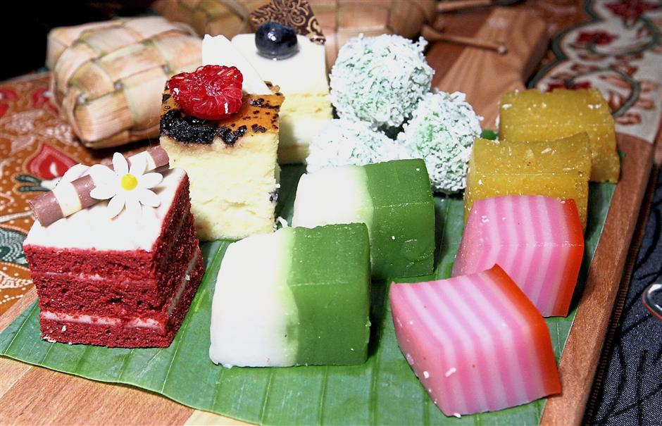 Traditional kuih to relish at the buffet area.