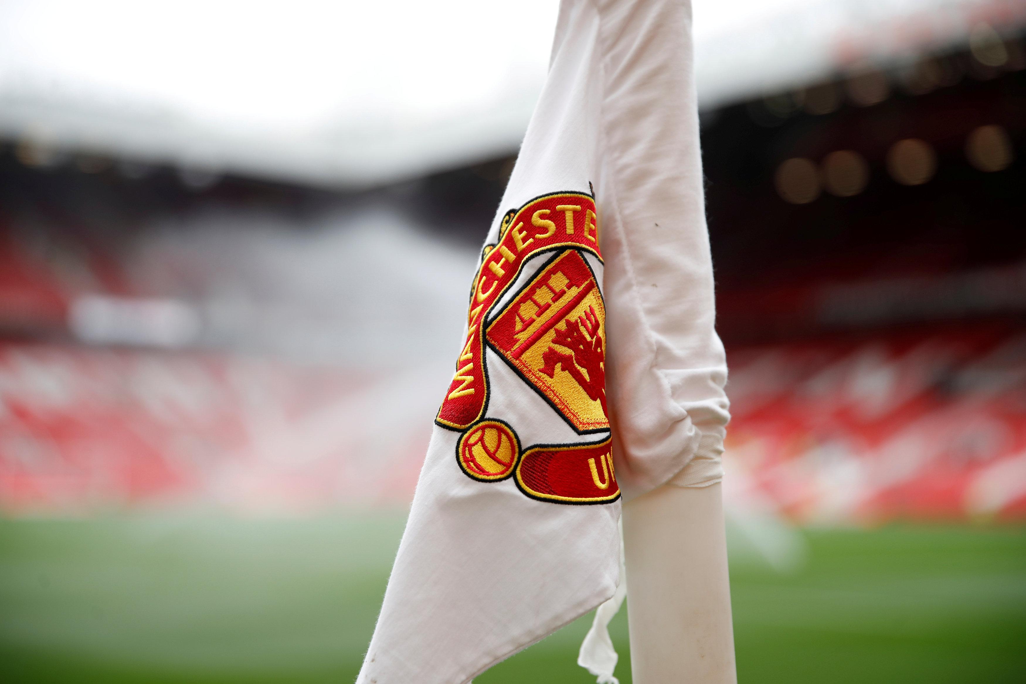 Manchester United Field Hd Football