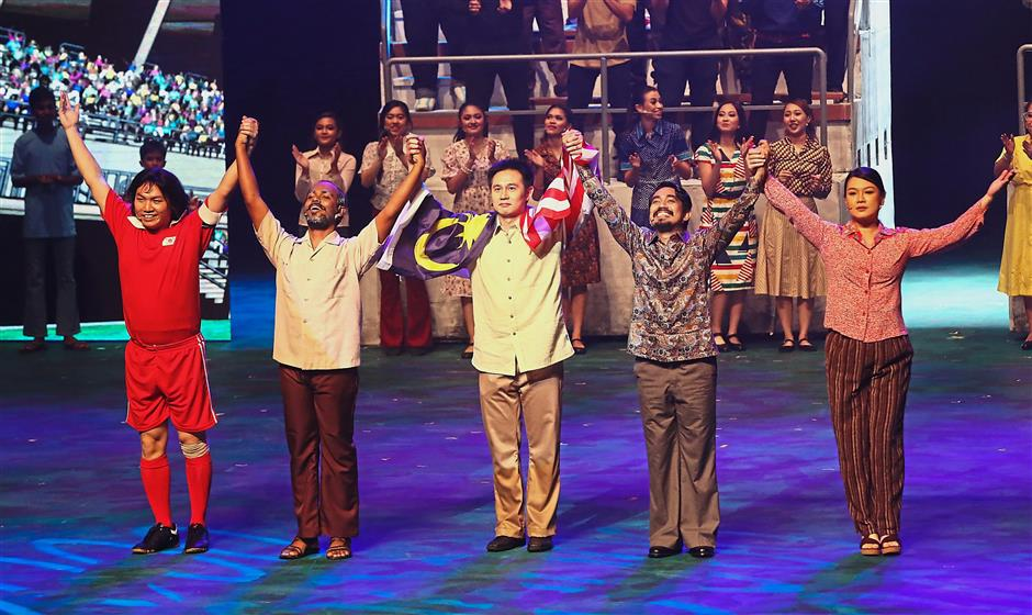 Standing united: Ala the musical, in which the characters relied on each other's strengths whie supporting each other through moments of weakness, we must look after each other and prevent domestic and foreign elements from destroying the nation that we love.