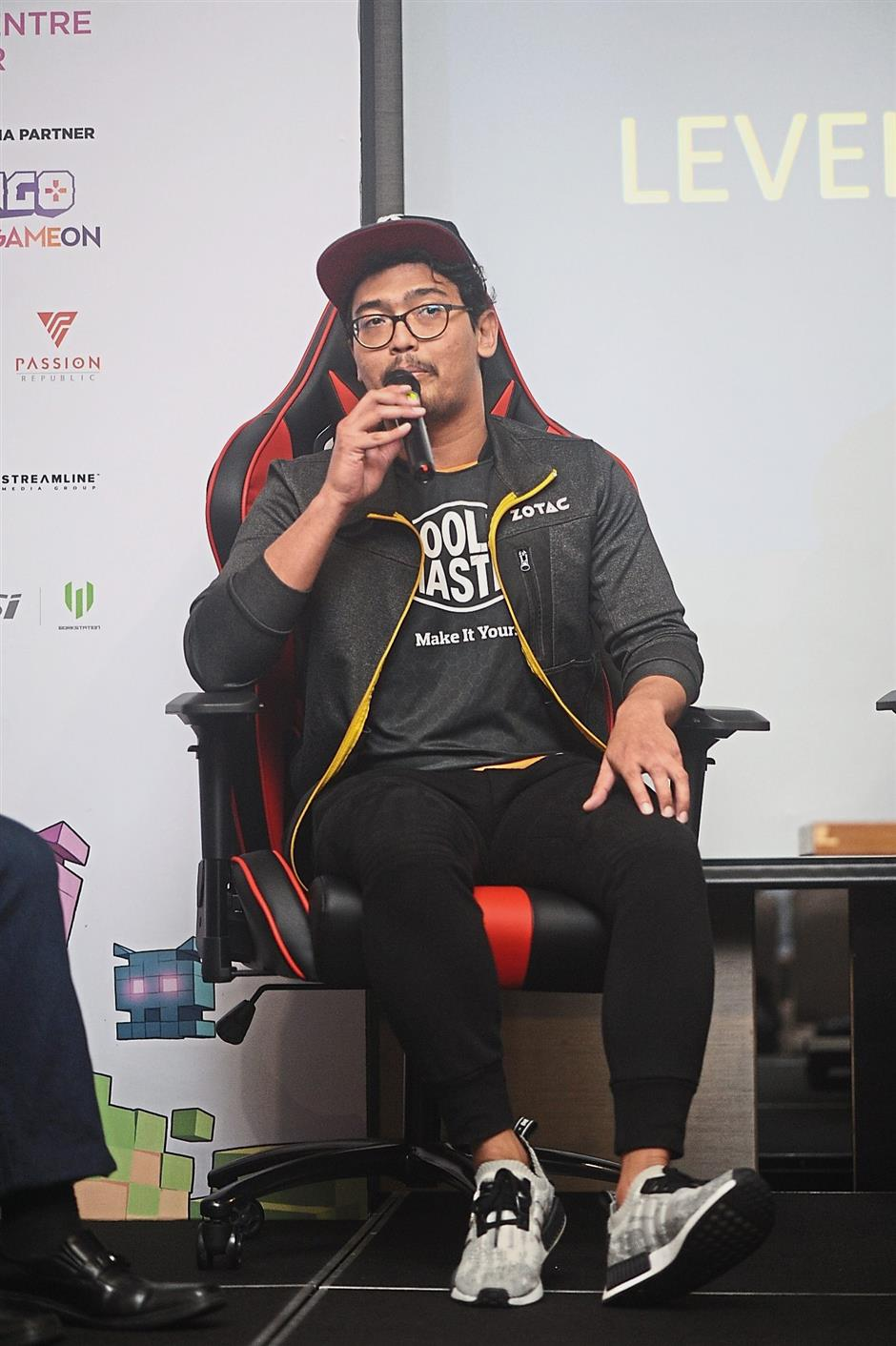 Afiq says streaming ensures a steadier income than winning eSports tournaments. — LevelUpKL 2018