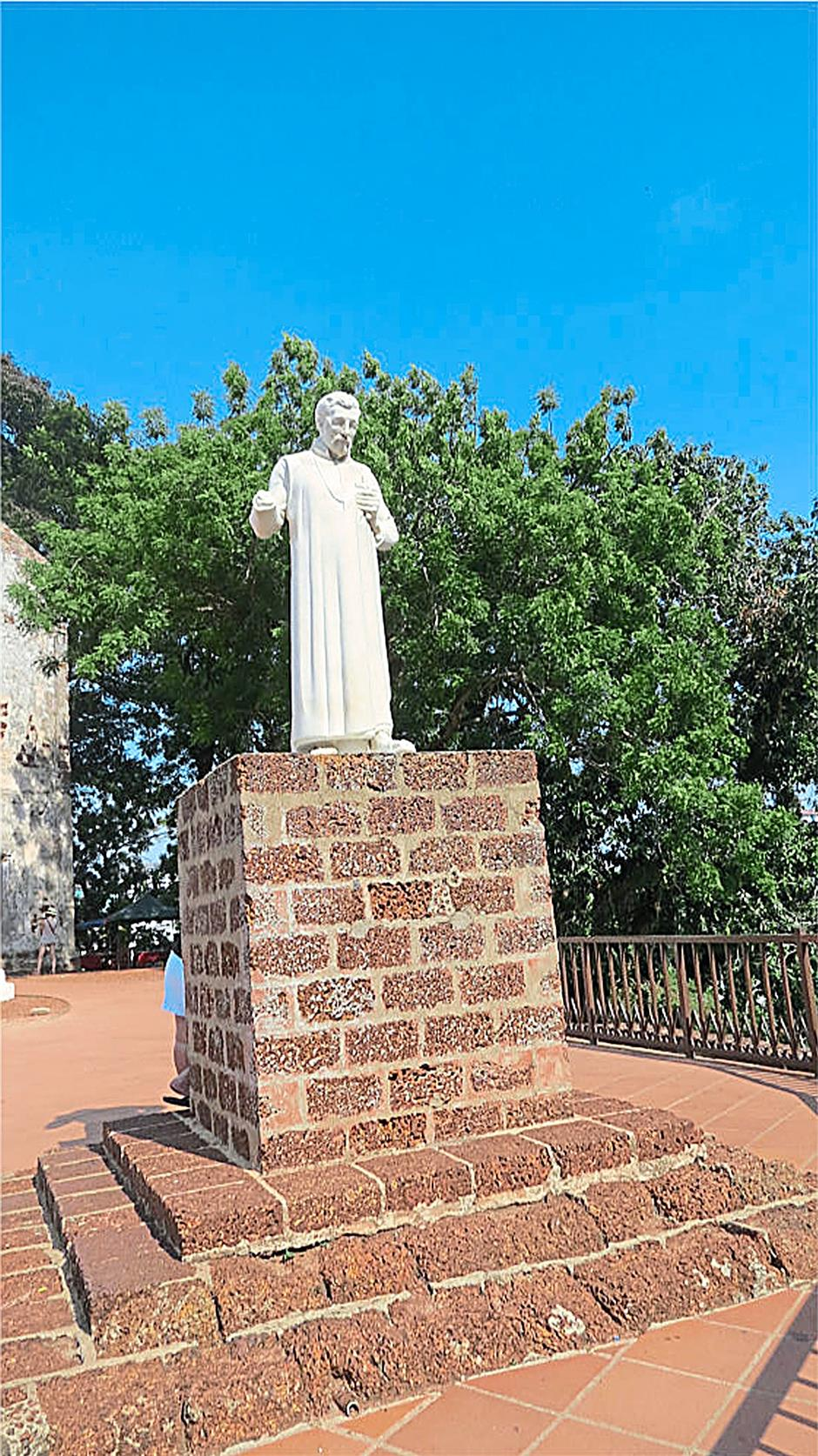 The marble statue of St. Francis Xavier¿s erected in 1952, has a missing right hand