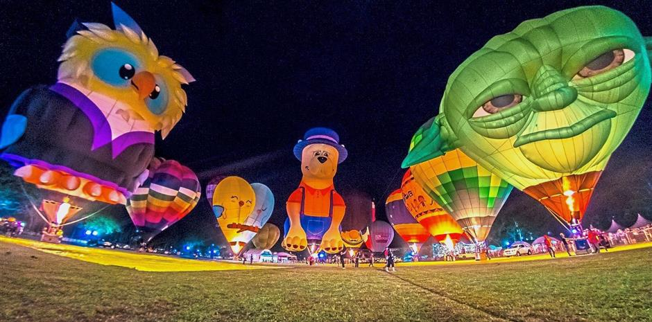 Colourful balloons lighting up the venue during the 'night glow' display. — Photo courtesy of David S.T. Loh.