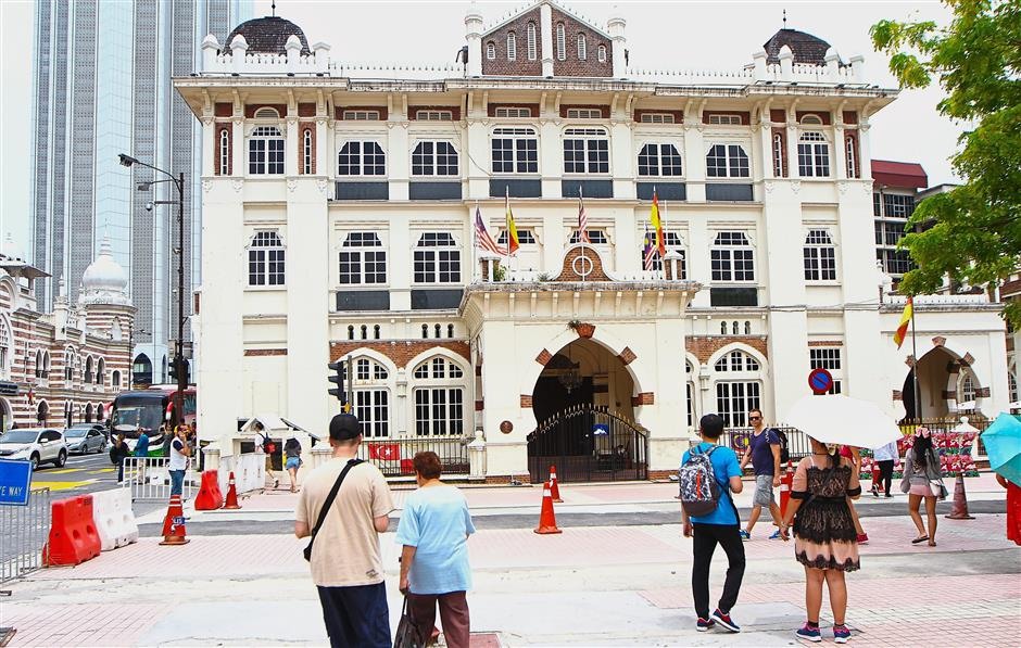 The cream-coloured charming colonial building in Jalan Raja was built in 1919 to house the Chartered Bank of India, Australia and China.