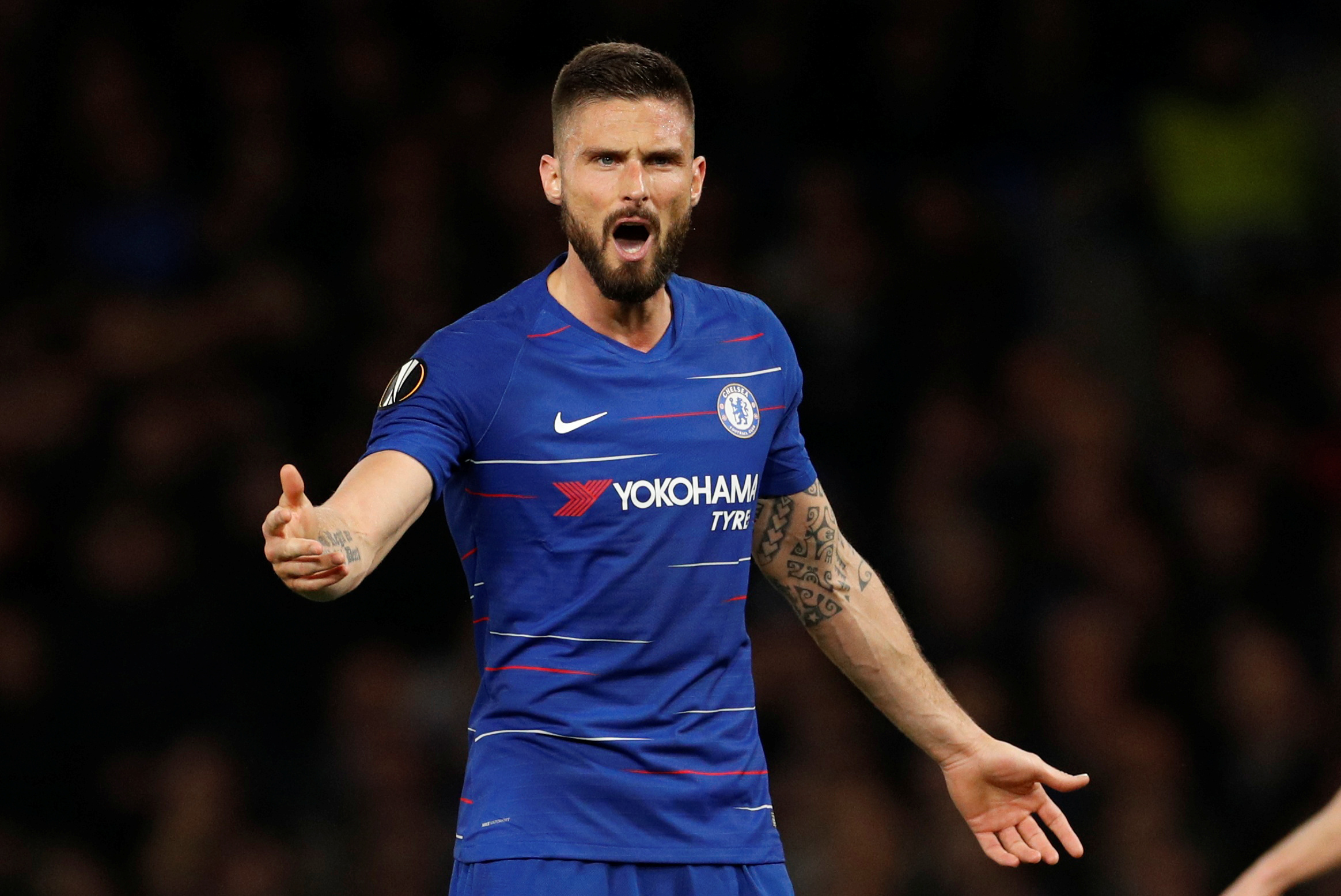 low priced 1755d 90e61 Chelsea's Giroud signs one-year contract extension | The ...