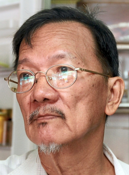 Yap says hawkers want to continue their business at the riverside area in Jalan Gudang Nanas 3.