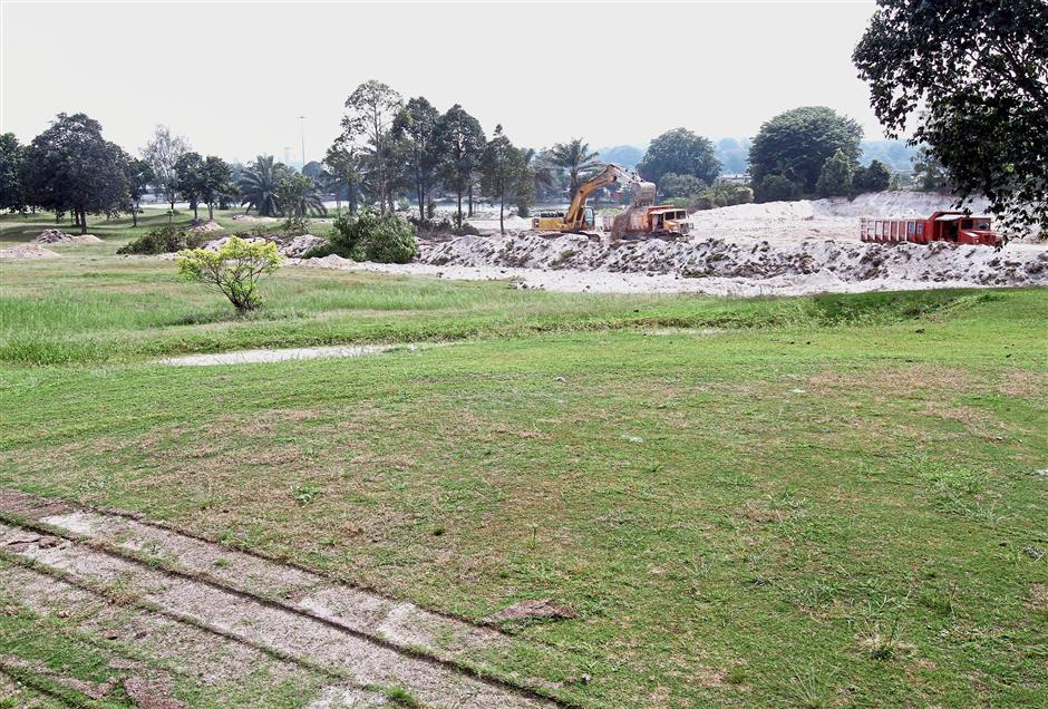 The entire Kundang Lakes Country Club will eventually be developed after the sand mining work is completed.