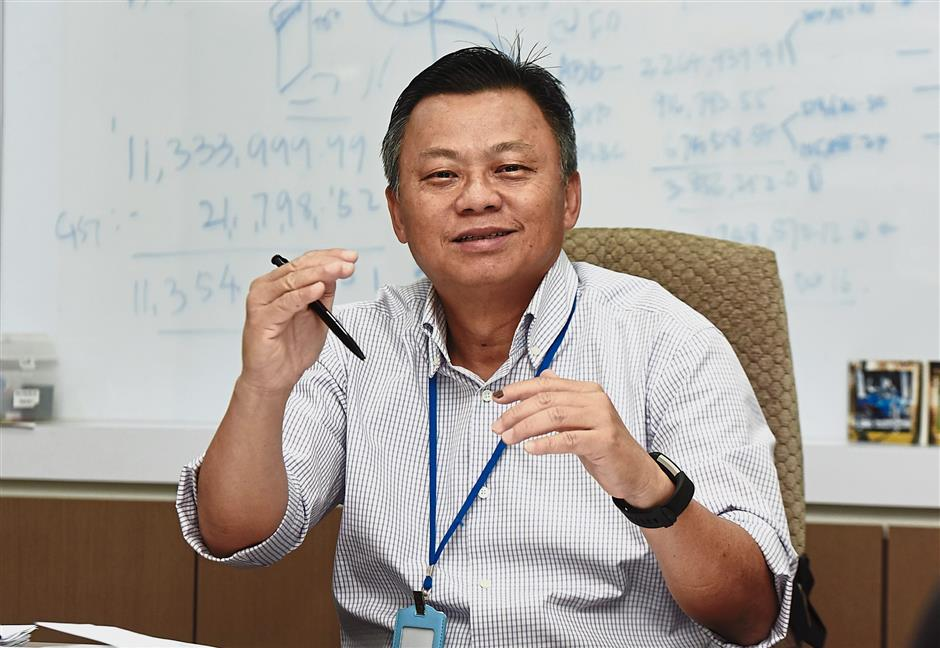 More efficient: A new system has also enabled the company to reduce its production of defective extrusion sheets, says Lim.