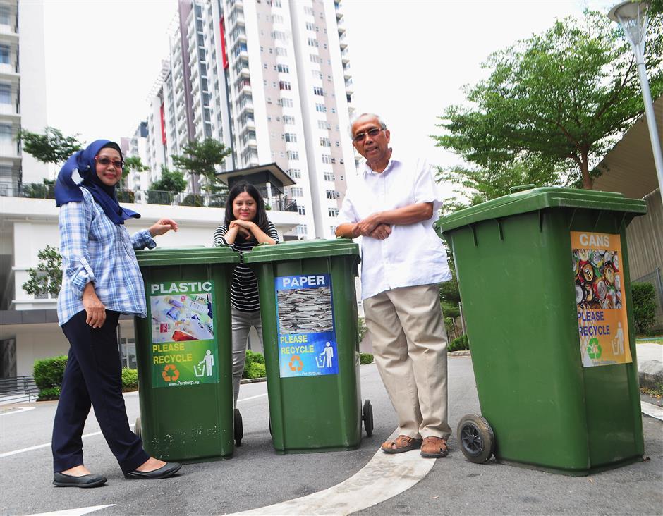 Putrajaya rewards residents who turn trash into treasure to benefit