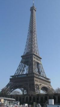 Not to be missed: How can you go to Paris without seeing the Eiffel Tower?