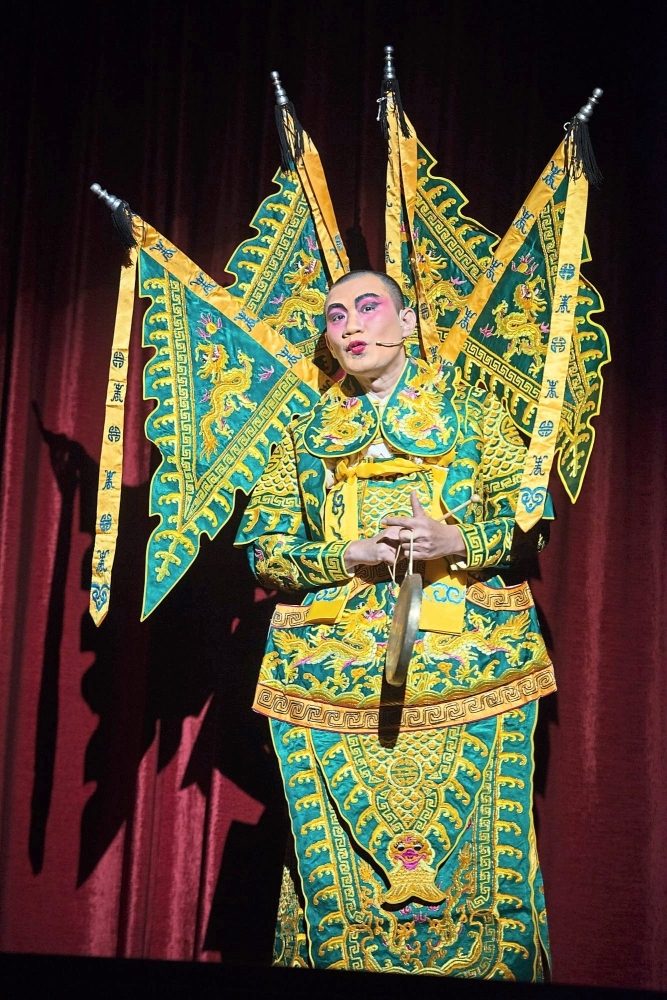 Chong often takes part in traditional performances such as Cantonese opera to promote the use of Chinese dialects.