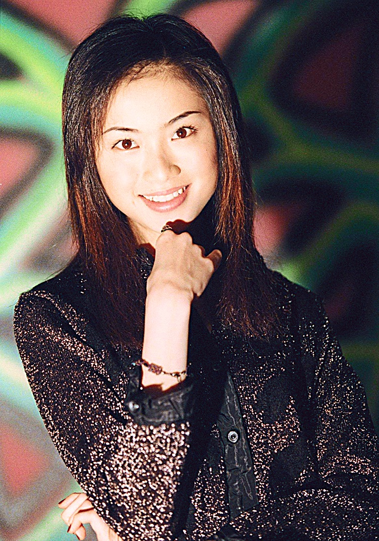 MISS HONG KONG 1994 HALINA TAM WAS IN TOWN TO PROMOTE HER NEW ALBUM AND MEET THE FANS.