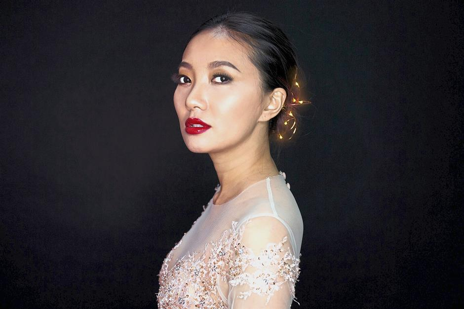 Chelsia Ng entertains the crowd in Alexis next weekend.