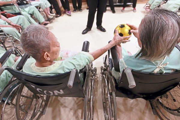 Nursing homes should place emphasis on providing recreational activities for the residents, for better health and well-being.