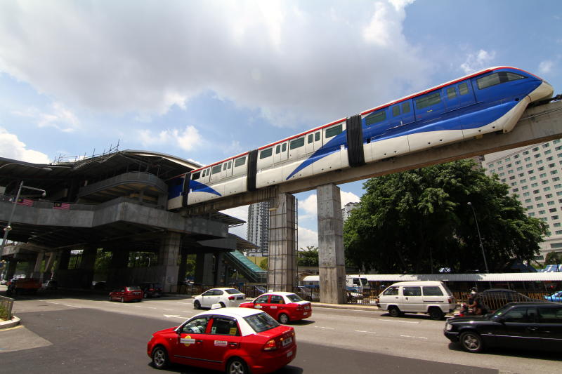 KL Monorail suspends operation of four-car trains - Filepic
