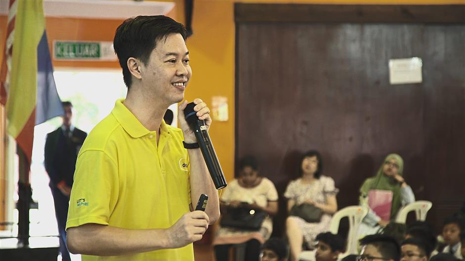 Spread the love: 'This competition is your chance to show the online world that yes, SMK Damansara Jaya is kind, Malaysia is kind,' said Ling during his talk.