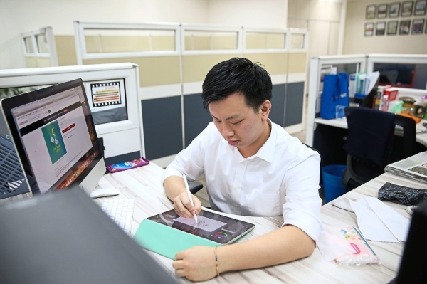 Career path: Kennard is working at DRB-Hicom, an inclusive employer that provides job opportunities for people with ASD. There are currently six EA graduates employed at DRB-Hicom.