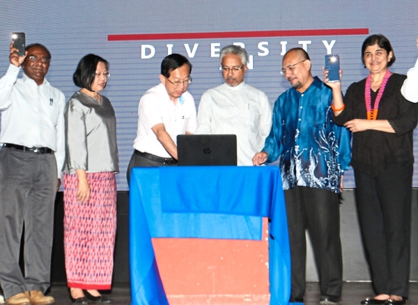 (From right) Ambiga, Zaid and Waytha Moorthy launching the Unity In Diversity fund in Kuala Lumpur.