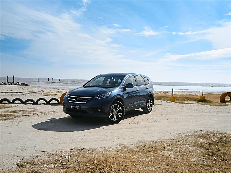The Honda CR-V may look huge from the outside but is not intimidating from the inside.