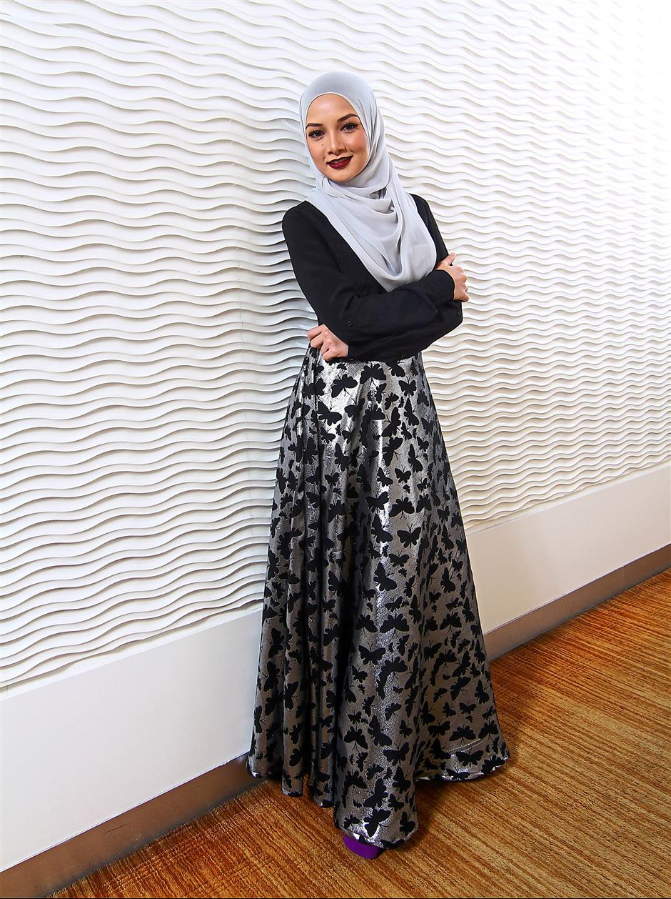 DO NOT USE, STRICTLY FOR Star2 Entertainment COVER ONLY.Photoshoot Neelofa. RAYMOND OOI/ The Star