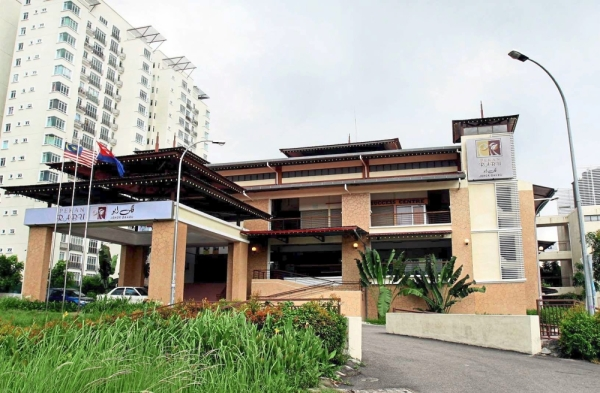 The RM7mil Pekan Rabu in Tampoi, Johor Baru. There is a proposal to turn the building into a one-stop centre for single mothers and the disabled to sell goods. u2013 Filepic