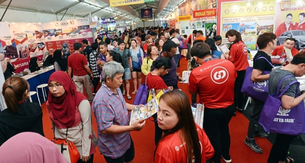Over 100,000 people visited the travel fair to look for holiday deals.