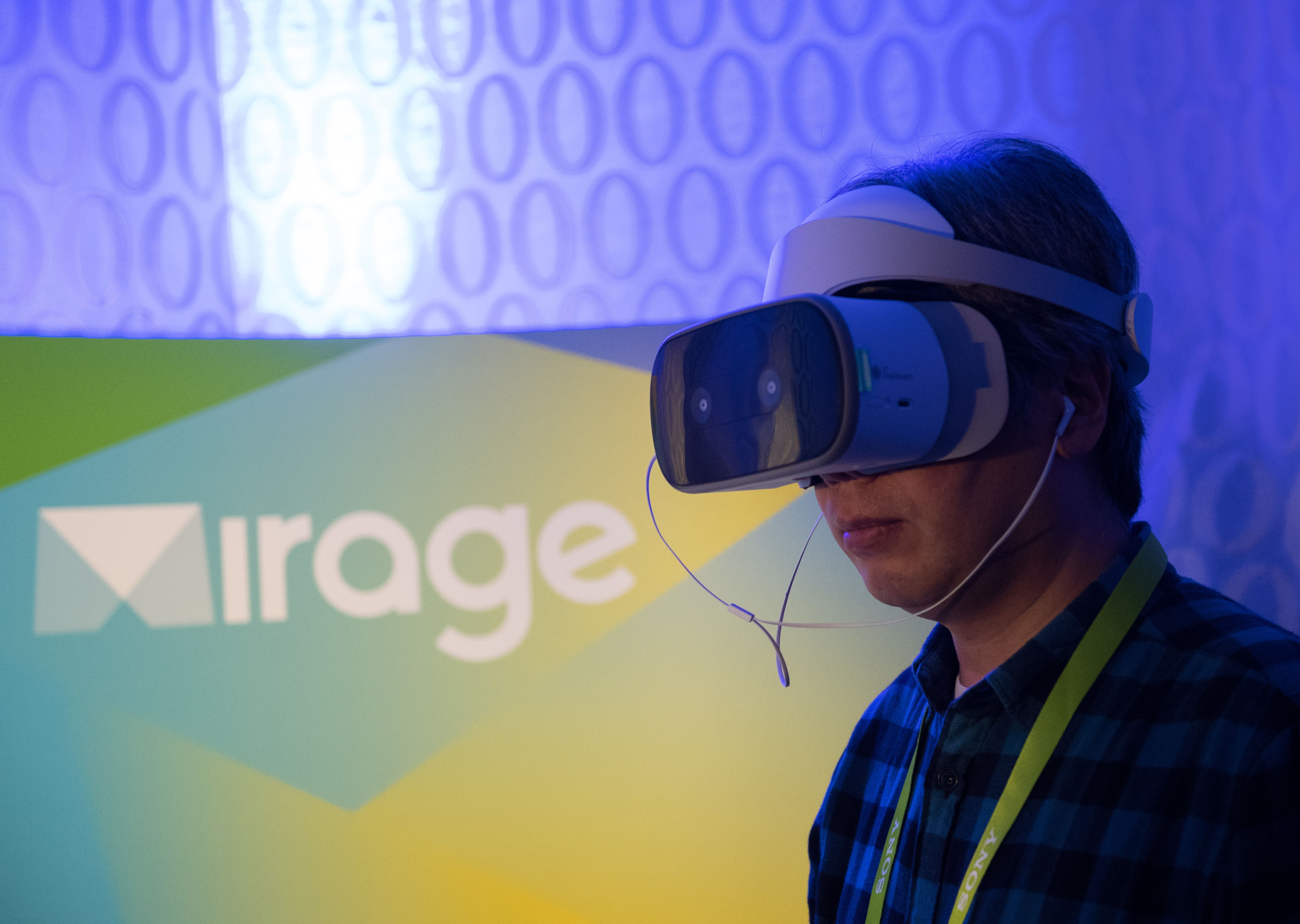Lenovo's Mirage Solo offers VR experience free of computers or