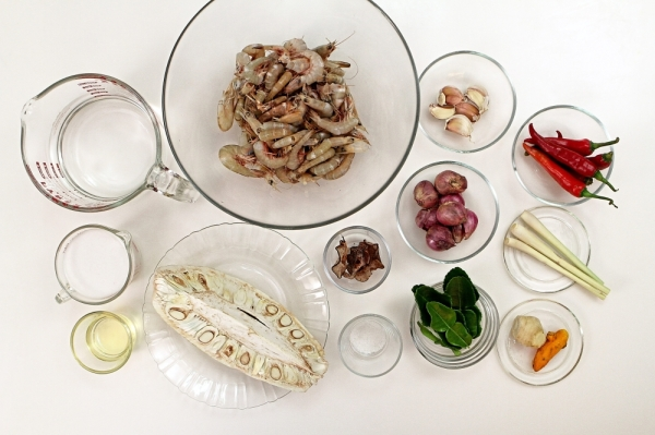 The featured ingredients to cook the Jackfruit Prawn Curry.— Photos: YAP CHEE HONG/The Star