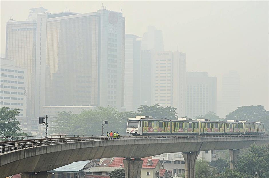 Haze 10,20 am at pwtc station
