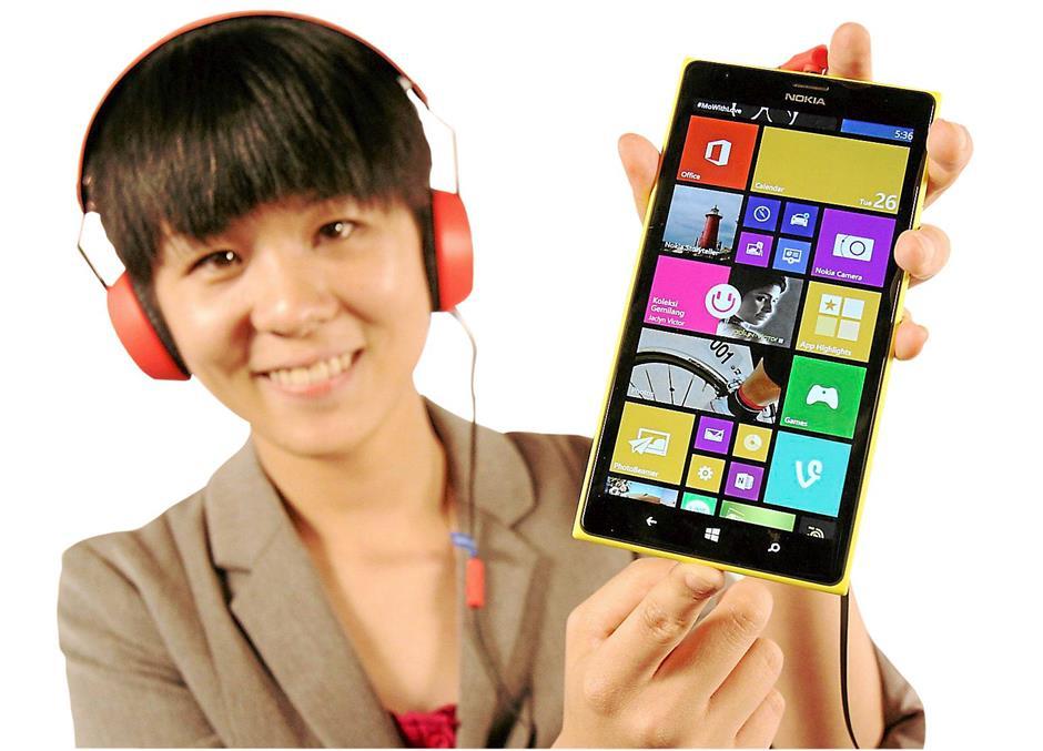 Nokia launching their latest smartphone Lumia 1520 in Malaysia.