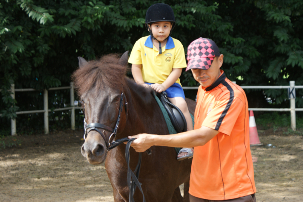 Enjoy horse rides or avail yourself of riding lessons at Gallop Stable. Photo: Gallop Stable