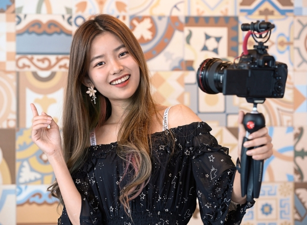 Tan Jia Tong is one of the most popular local YouTuber right now. — SIA HONG KIAU/The Star
