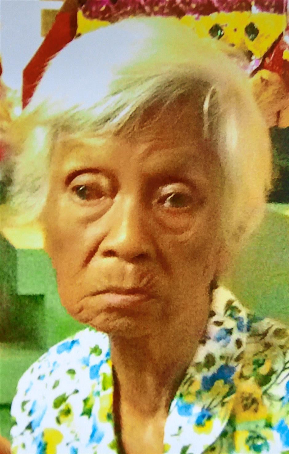 Semi-senile grandma missing after food court drop-off ...